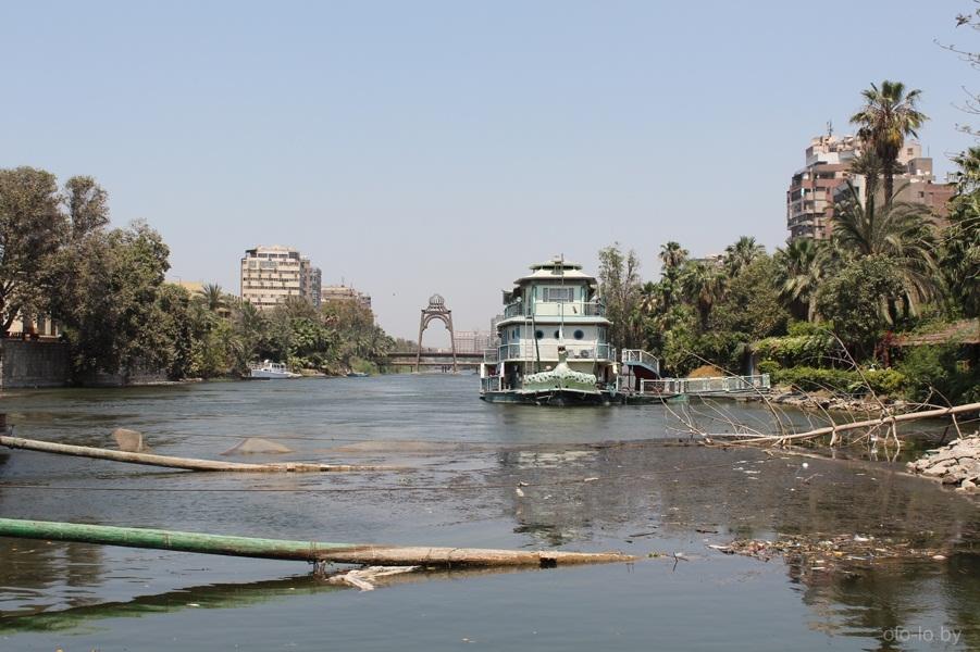 Корабль-ресторан на реке Нил 1