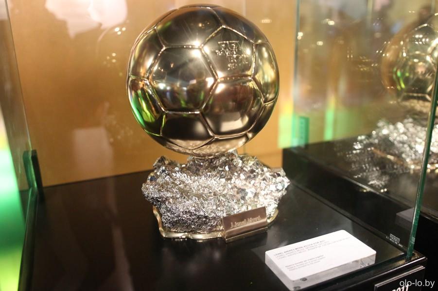 золотой мяч Месси (ФК Барселона)