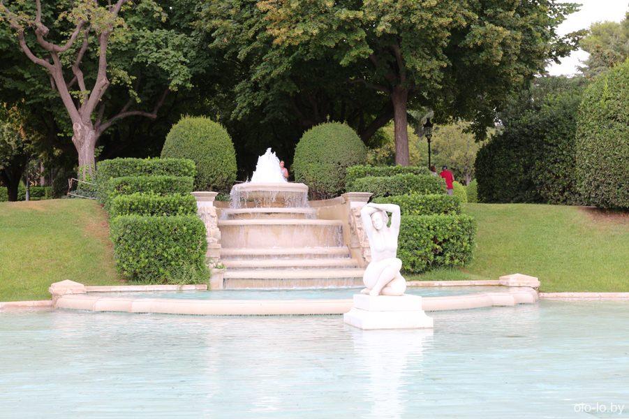фонтан в парке Педральбес