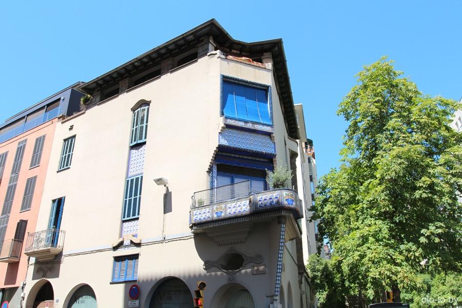 жиронские балконы