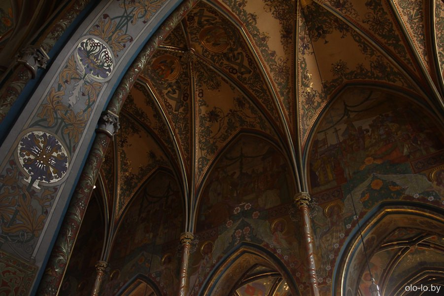 Базилика Святых Петра и Павла внутри, Прага