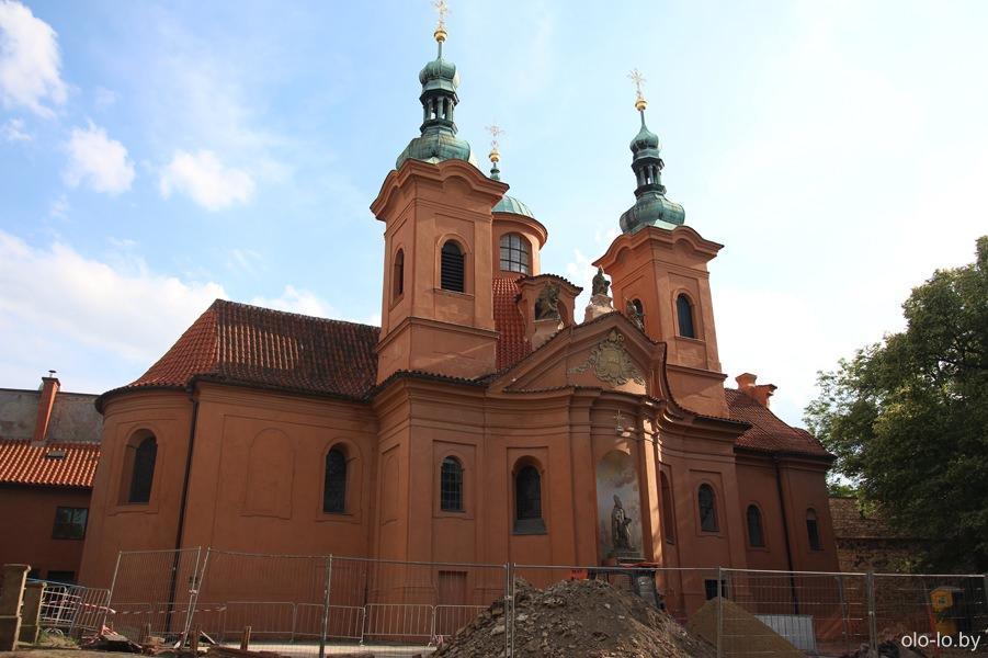 Костел Святого Лаврентия, Петршинский холм