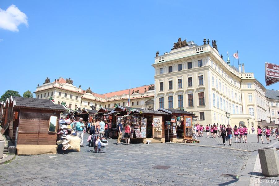 Сувенирные лавки, Пражский Град