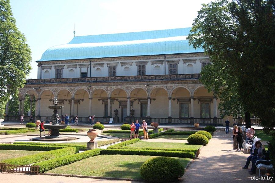 Бельведер королевы Анны, Прага