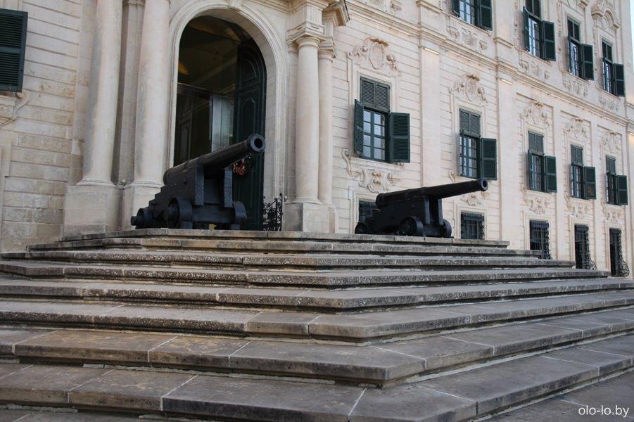 дворец Оберж-де-Кастий, Валлетта