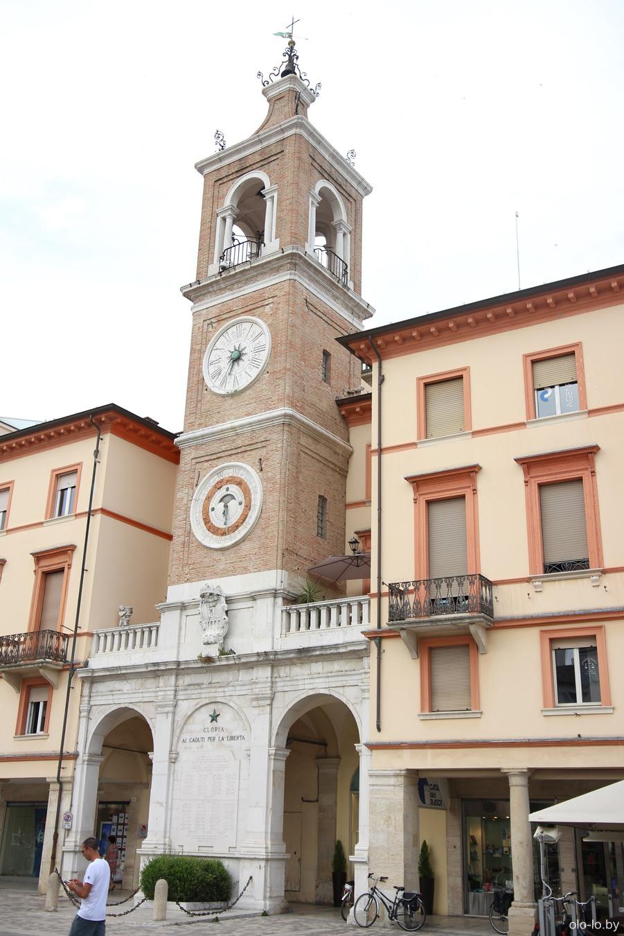 часовня на площади Тре Мартири, Римини