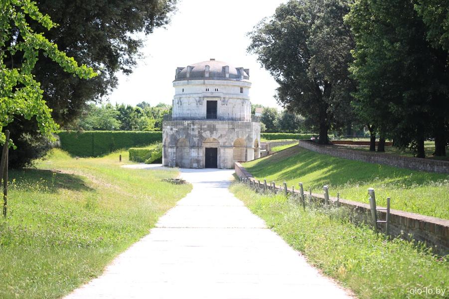 мавзолей короля Теодорика, Равенна