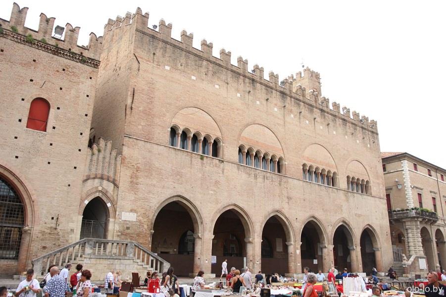 дворец Аренго, Римини