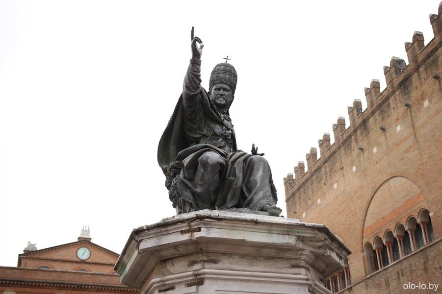 статуя Папы Римского Павла V, Римини
