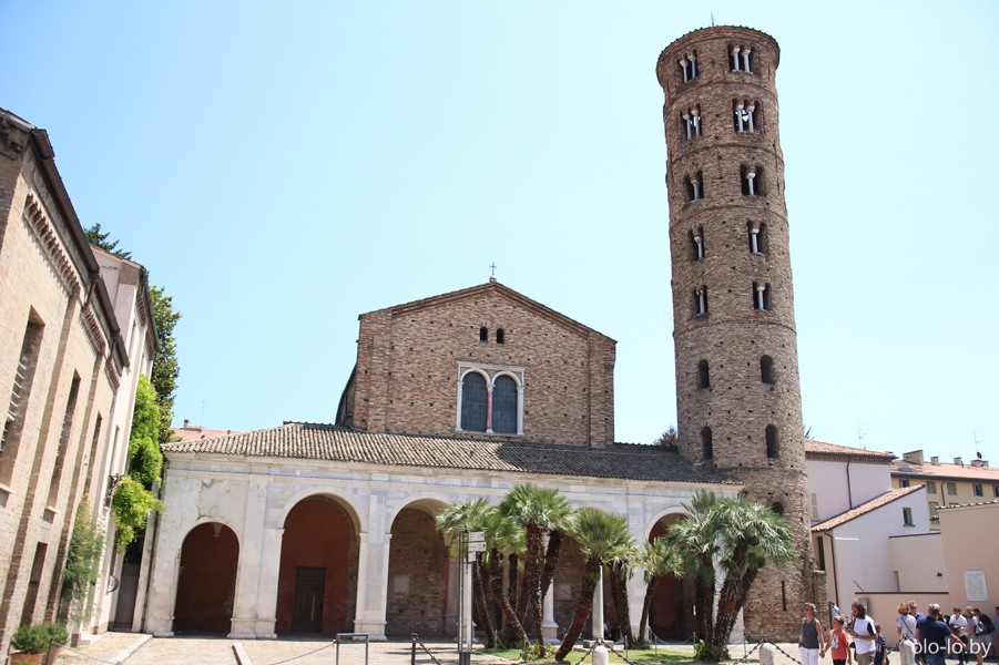 базилика Сан Ароллинаре Нуово, Равенна