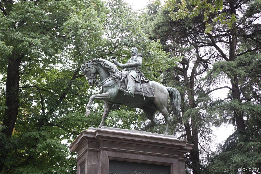 памятник Наполеону III, Милан