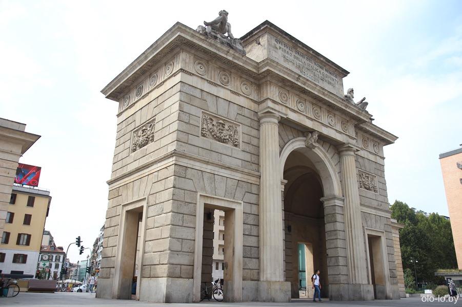 ворота Гарибальди, Милан