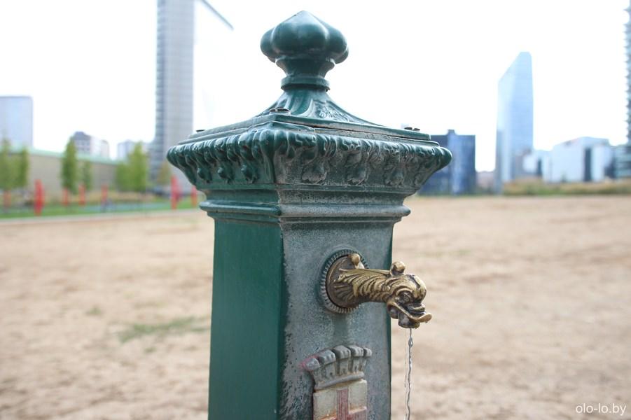 питьевой фонтанчик, Милан