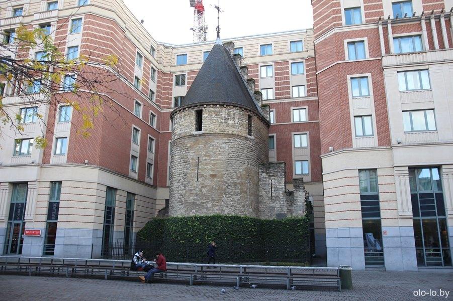 Черная башня, Брюссель