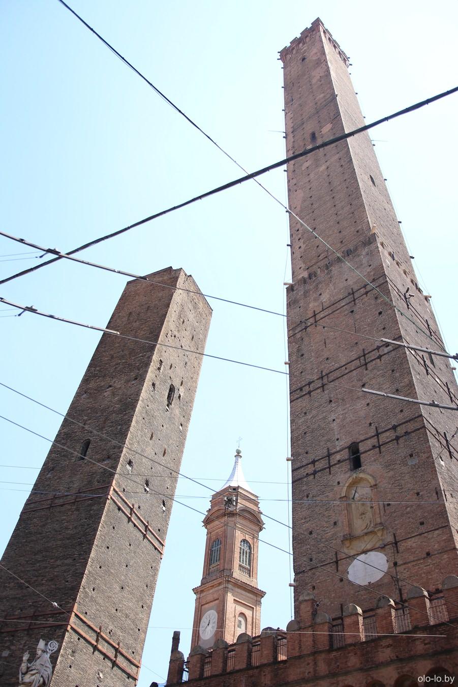 Болонский башни